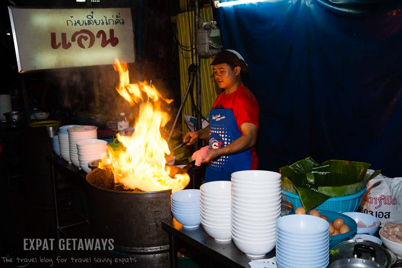 A behind the scenes look at Thai cooking.