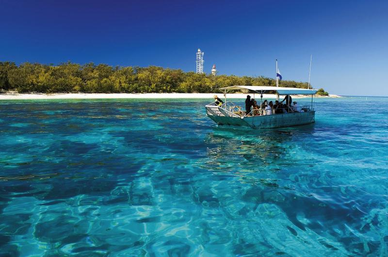 Lady Elliot Island is a scuba divers heaven! Great Barrier Reef Scuba